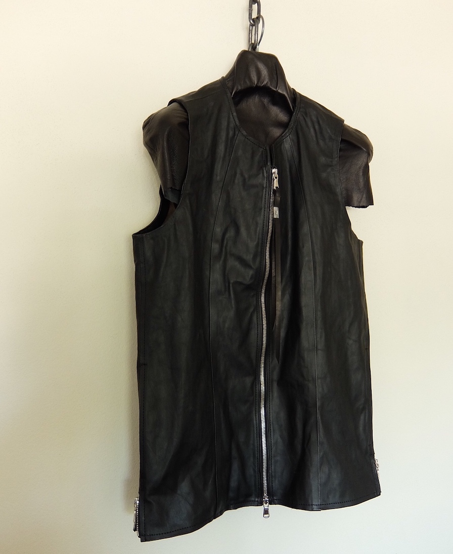 No Collar Zip Leather Vest _THEE SIX EYES